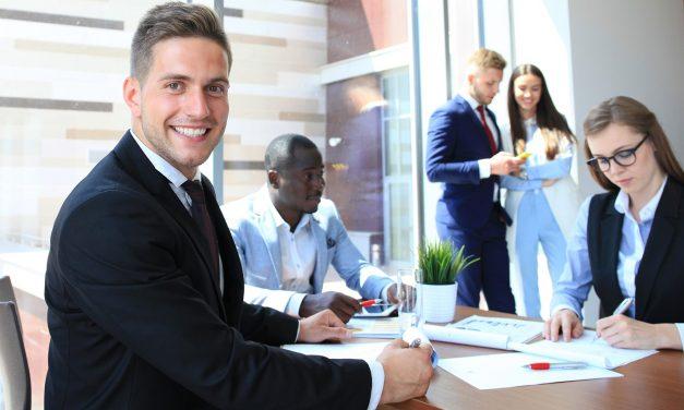 Franquia ou negócio próprio: qual o modelo mais certo para se investir?